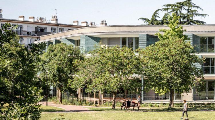 Vieillir aux planètes, à Maisons-Alfort, dans une résidence signée Badia-Berger